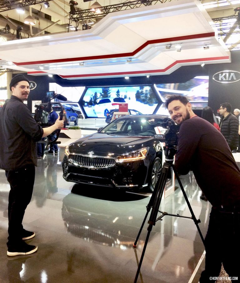 Kia – Kontakt cinematographers Will Johnson and David Spowart filming the new Kia models at the Canadian International Auto Show | Kontakt Films