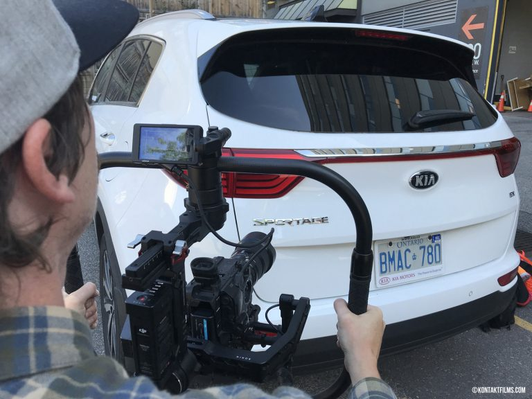 Kia – Cinematographer Will Johnson frames up a shot for the Kia Thanksgiving Campaign using the Sony FS5 camera and Ronin Pro gimbal | Kontakt Films