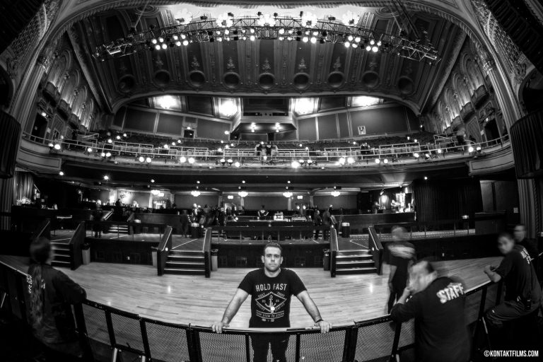 Motörhead – Director/Producer Adam Bialo at the Warfield Theatre in San Francisco, moments before the doors open for the concert and shoot | Kontakt Films