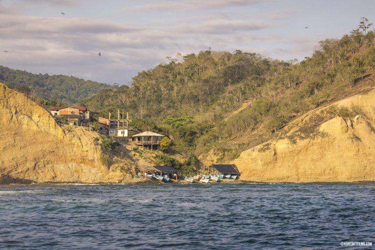 Rinconada, Ecuador   Kontakt Films